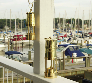 Yacht Lamp<br >Weems & Plath - Click to enlarge