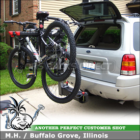 "2004 Ford Escape Hitch Bike Rack with Yakima SwingDaddy 4 Bike Hitch Rack for 2"" Hitches"