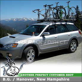 2006 Subaru Outback Bike Roof Rack using Thule 450 CrossRoad & 518 Echelon Bike Racks