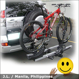 2006 Toyota Land Cruiser Hitch Mount Platform Bike Rack with Thule 916XT T2 for 2 inch Trailer Hitch