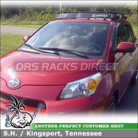 2008 Scion xD Roof Rack Wind Fairing System using Inno IN-SU (w/ Stays, K350 Fit Hooks, B127 Cross Bars) & INA262 Rack Fairing