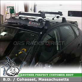 2009 Subaru WRX Factory / OEM Roof Rack Wind Fairing & Ski Rack using Inno INA261 Noise Deflector & Yakima FreshSesh