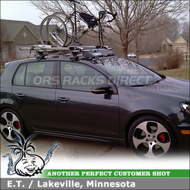 2011 VW GTI Roof Bike Racks & Wind Fairing using Thule 480R Rapid Traverse, 1323 Fit Kit, 871XT Fairing, 593 Wheel-On 518 Echelon & Xadapt 9 Kits