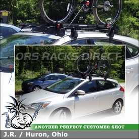 2012 Ford Focus Car Roof Rack with Upright Bike Carrier and Wind Deflector