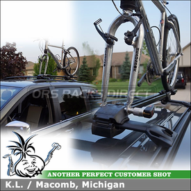 Fork Mount Bike Rack for 2010 Chrysler Town & Country Factory Cross Bars using Yakima ForkLift