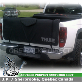 Pickup Truck Tail Gate Pad for Bikes On Chevy Colorado using Thule 823 Gate Mate TailGate Pad for Bicycles