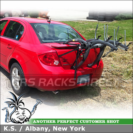 Saris Bones Three Bike Strap Rack for Trunk On Chevy Cobalt With Rear Spoiler