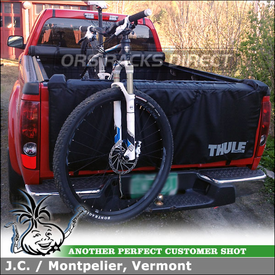 Tail Gate Pad for Carrying Bikes In 2007 GMC Canyon Pickup Truck Bed using Thule 823 Gate Mate TailGate Pad