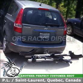 Thule 917XTR T2 Platform Bike Rack Installed On Hyundai Elantra Touring Wagon Trailer Hitch Receiver Mount