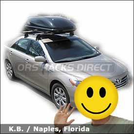Toyota Camry with Thule 400XTR Rapid Aero Roof Rack and Thule 677XT Cascade 1500 Cargo Box