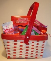 Valentine Candy Gift Basket - Medium