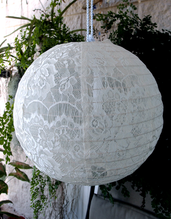 16 white lace fabric lantern even ribbing hanging on