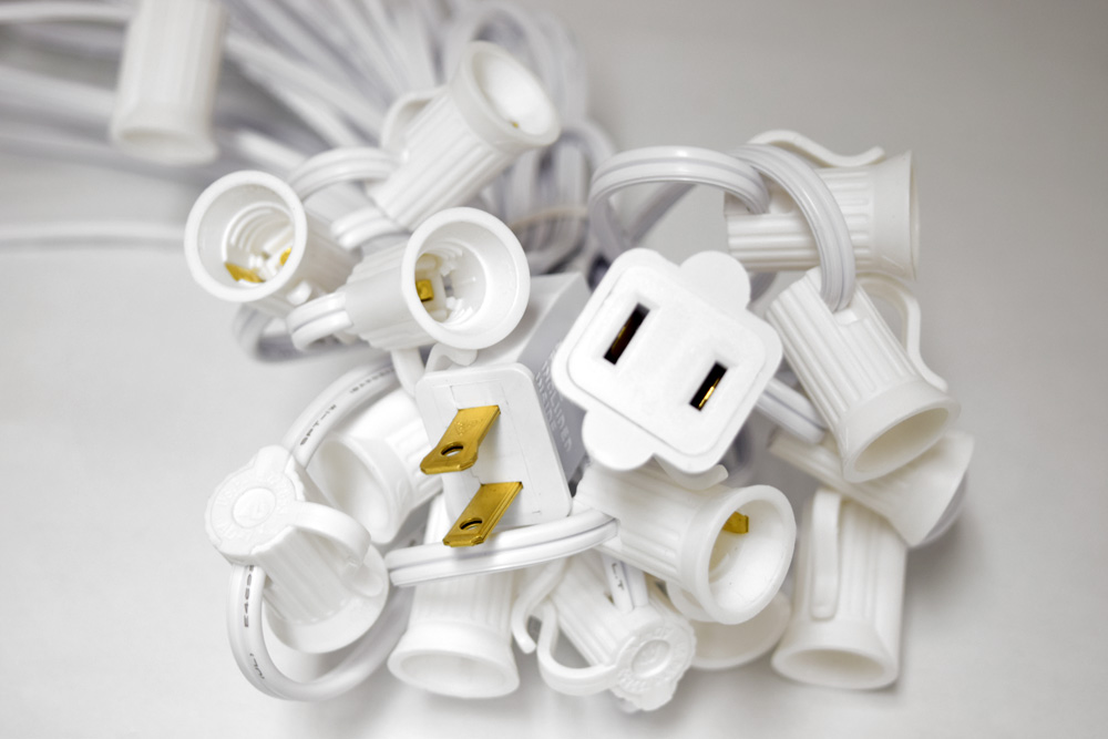 25 Socket Outdoor Patio String Light Cord Only 28FT White