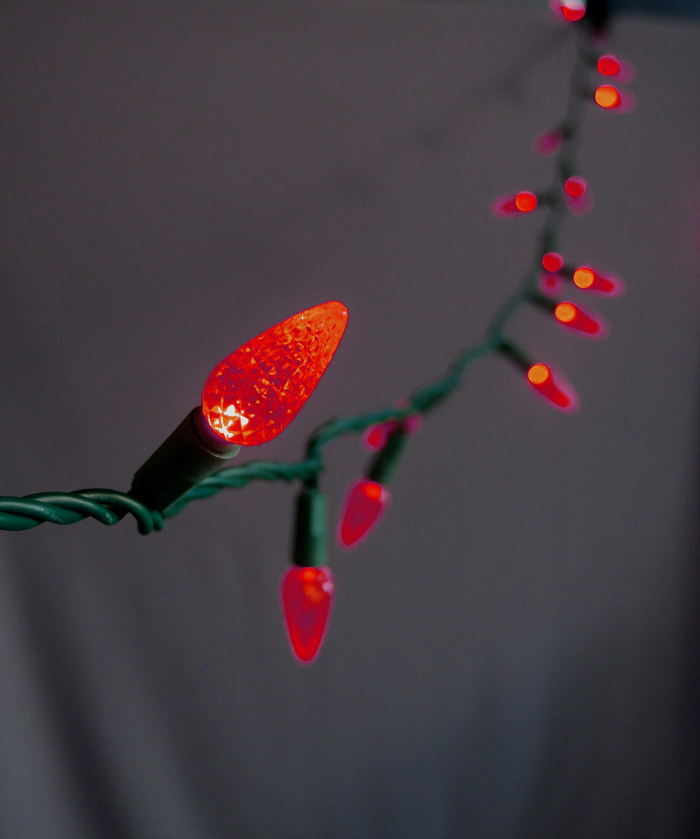 Led String Lights Red : 70 Outdoor Red LED C6 Strawberry String Lights, 24 FT Green Cord eBay