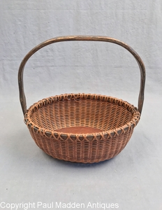"Vintage 7"" Oval Nantucket Lightship Basket by Irving Burnside"