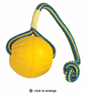 Starmark Swing n' Fling DuraFoam Fetch Ball