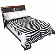 "Wyndham House  White Tiger Print Heavy Luxury Blanket  79"" x 91"""