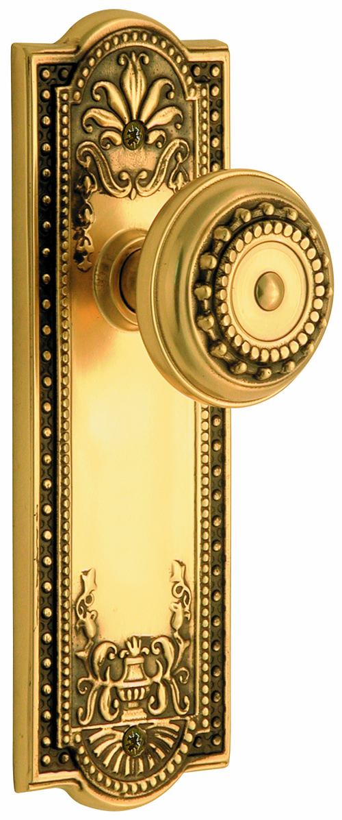 ARC56AB-Meadows Backplate and Meadows Knob, Passage, Antique Brass