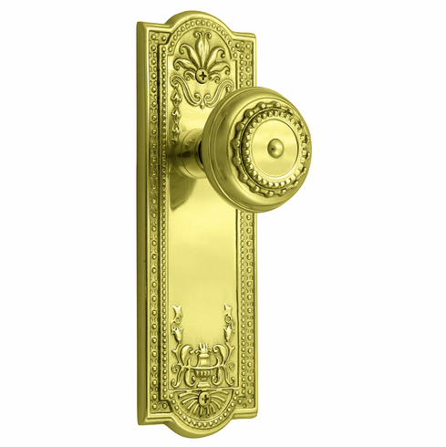 ARC56B- Meadows Backplate and Meadows Knob, Privacy, Brass