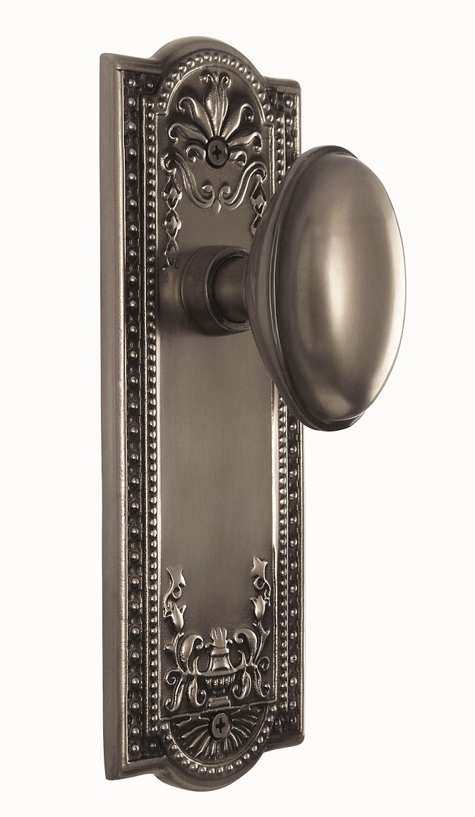 Meadows Backplate and Homestead Knob, Passage, Antique Pewter