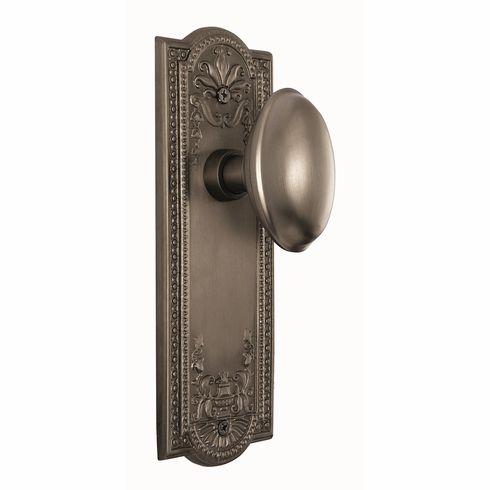 Meadows Backplate and Homestead Knob, Passage, Satin Nickel