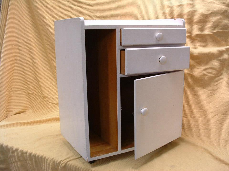 Stripping a mini Cabinet