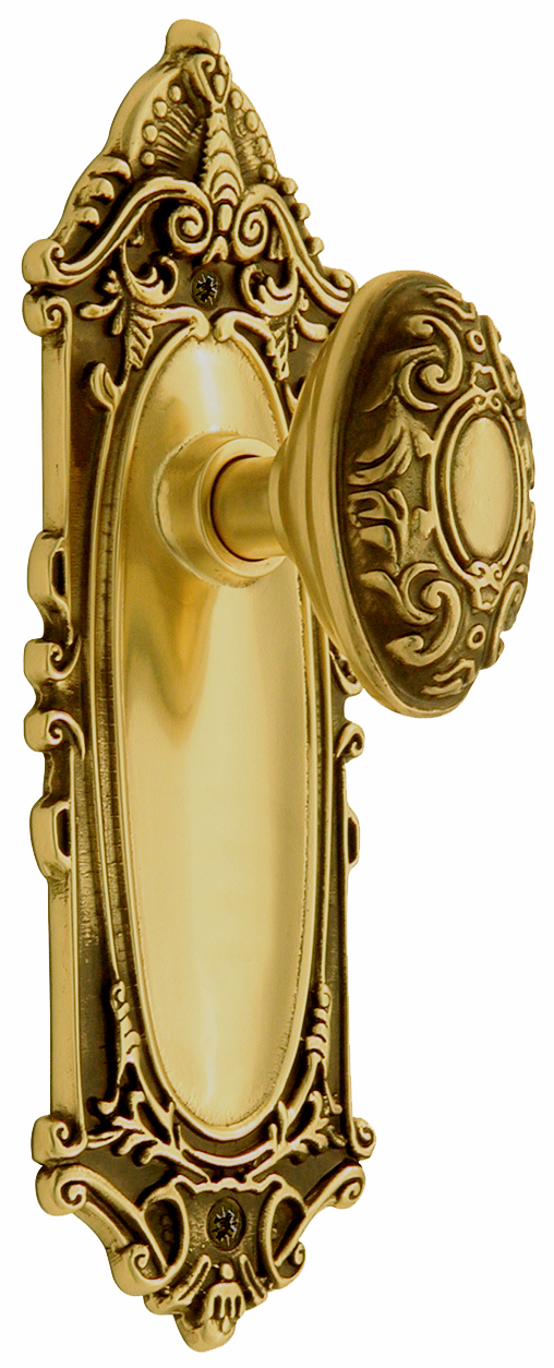 Victorian Backplate and Victorian Knob, Passage, Antique Brass
