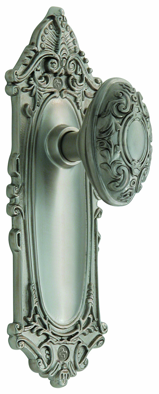 Victorian Backplate and Victorian Knob, Privacy, Satin Nickel