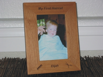 Barber/Beautician Picture Frame - Personalized Frame - Laser Engraved Comb & Sissors