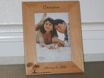 Cancun Picture Frame - Personalized Frame - Laser Engraved Palm Tree