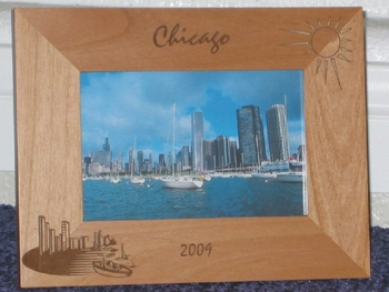 Chicago Picture Frame - Personalized Frame - Laser Engraved Chicago Scene