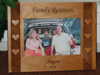Heart Picture Frame - Personalized Frame - Laser Engraved Heart Side Boarder