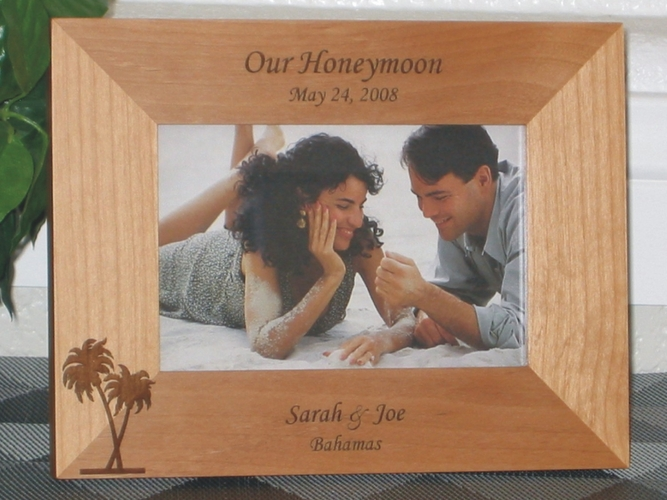 Honeymoon Picture Frame - Personalized Frame - Laser Engraved Palm Trees