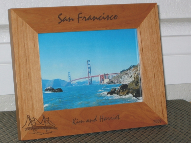 San Francisco Picture Frame - Personalized Souvenir Frame - Laser Engraved Golden Gate