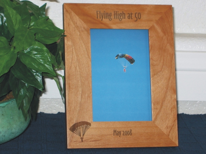 Skydiving Picture Frame - Personalized Frame - Laser Engraved Skydiver with Chute