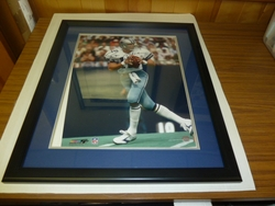 Dallas Cowboys Roger Staubach <br> Signed 16x20 Photo Framed