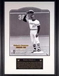 Roberto Clemente <br>3,000 Hits Photo