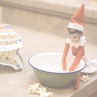 Elf On A Shelf: Yummy Popcorn 12 x 12 Paper