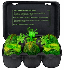 51356: NECA Alien – Glow-in-the-Dark Egg Set in Collectible Carton