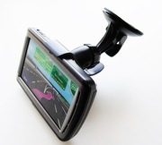 "GA-UVM+GA-WXWM: Windshield Mount with Universal bracket/cradle for GPS, SmartPhone up to 5"" screen"