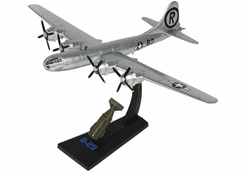 "B-29 Superfortress Model, USAAF, ""Enola Gay"" - Air Force 1 0112 - click to enlarge"