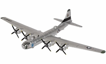 """B-29 Superfortress Model, USAAF, """"Raz'n Hell"""" - Air Force 1 0139 - click to enlarge"""