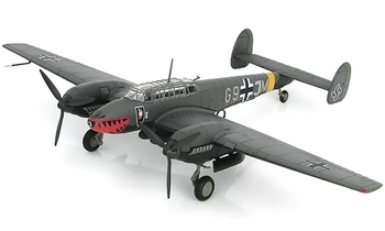 Bf 110E-2 Model, Luftwaffe, 4./N.JG1, 1942 - Hobby Master HA1813 - click to enlarge