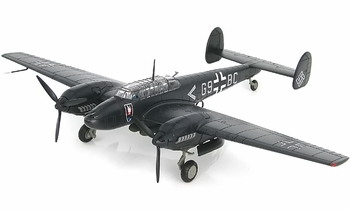 Bf 110E-2 Model, Luftwaffe, II/N.JG 1, 1942 - Hobby Master HA1814 - click to enlarge