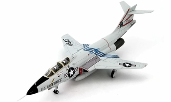 F-101B Voodoo Model, USAF, 60th FIS - Hobby Master HA3712 - click to enlarge