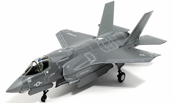 F-35B Lightning II Model, USMC, VMFAT-501 - Air Force 1 00009 - click to enlarge