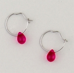 earrings Silver Hoop continuous wire small  fuchsia teardrop bead