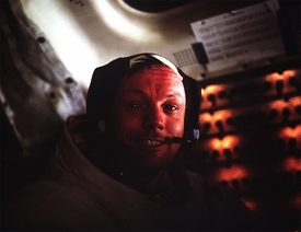 Apollo 11 Armstrong in Eagle