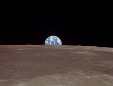 Apollo 11 Earthrise 1