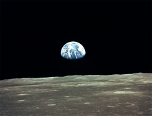 Apollo 11 Earthrise 4